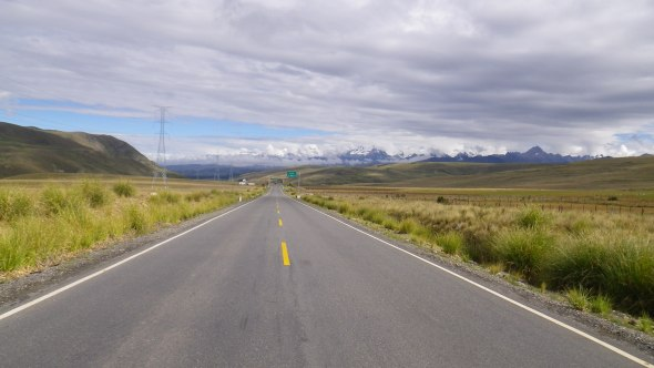 Leaving the Cordillera Blanca in the distance